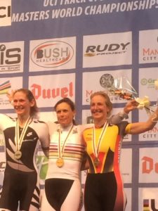 alison-lilley-wins-bronxe-medal-in-the-world-masters-scratch-race-45-49-at-the-national-cycling-centre-4th-october-2016